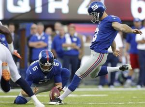 Broncos Giants Football-3