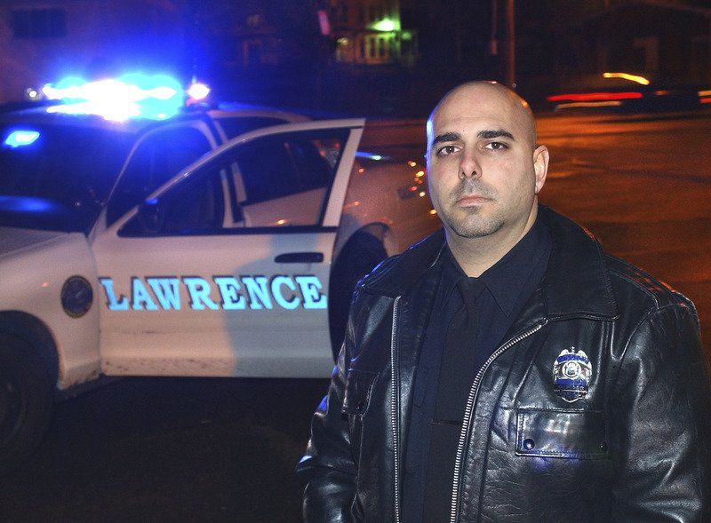 FBI: Lawrence cop extorted cocaine from drug dealer