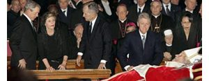 Bush, former presidents view pope's body