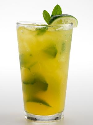 Thirsty Lion's passionfruit mojito