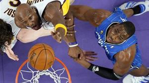 Lakers take 2-0 lead over Magic in NBA finals
