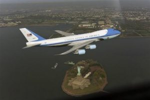 White House aide resigns over NYC flyover