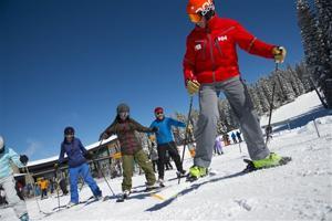 Travel-Skiing-Adult Beginners