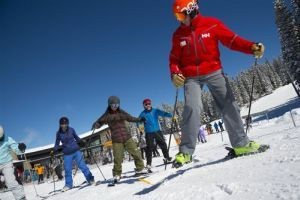 Travel-Skiing-Adult Beginners