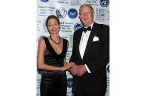 Angelina Jolie gets Global Humanitarian Award