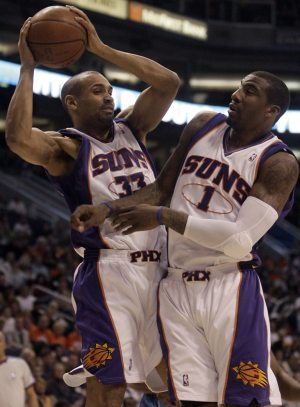 Foye's late basket lifts Timberwolves past Suns