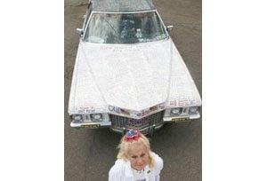 'Cadillac Sue' drives rolling memorial to Iraq war dead