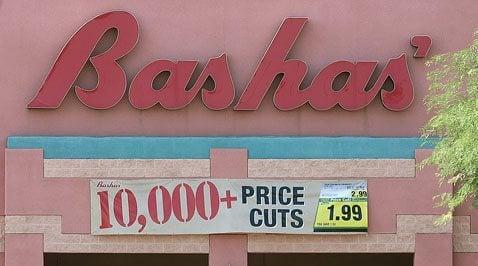 Bankrupt Bashas' rejects Albertsons' bid