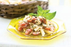 Feta-mint penne with tomatoes and capers