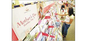 Retailers focus on moms
