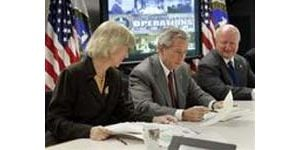 Bush: Gov't may tap petroleum reserve
