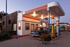 Route 66 Pete's Gas Station