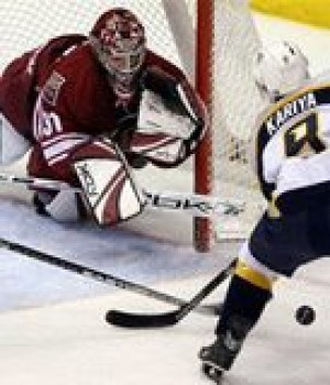 Coyotes knock off Predators