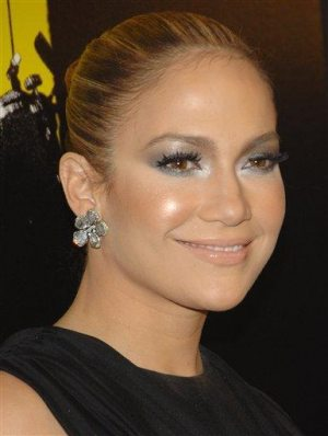 Jennifer Lopez to star in a TLC reality series 