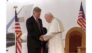Ex-presidents, Bush to go to pope funeral
