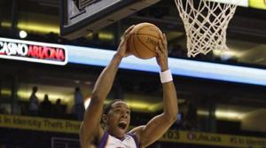 Frye and Stoudemire lead Suns past Kings