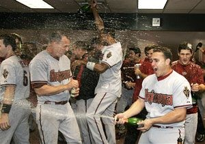 D-Backs celebrate after clinching playoff spot 