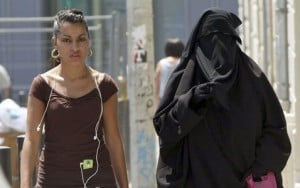 Sarkozy: Burqas 'not welcome' in France