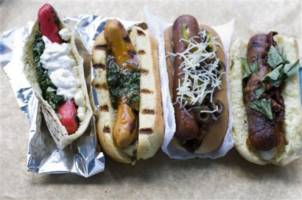 Food-Creative Hot Dogs