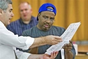 Voting for president begins in pivotal Ohio 