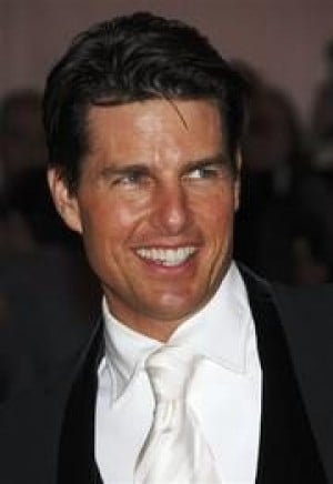 Tom Cruise launches Web site