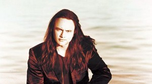 Queensrÿche singer to sign wine in Chandler