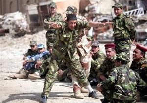 Iraqi forces get on-the-job training
