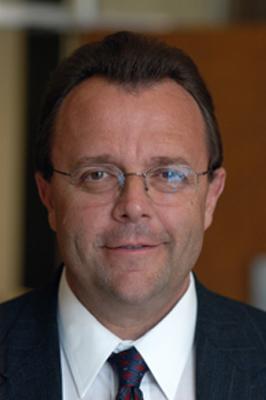 Thayer Verschoor submitted