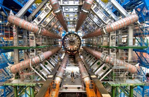 Atom smasher catches 1st high-energy collisions
