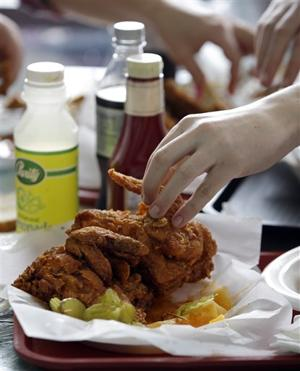 Food_Hot_Fried_Chicken2