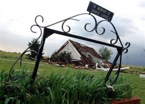 Tornadoes rake Oklahoma as Midwest tallies damage