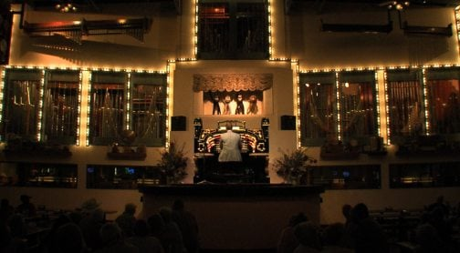 Pizza comes with happy pipes at the Organ Stop 