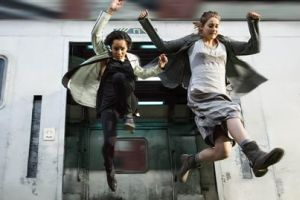 Zoe Kravitz Shailene Woodley AP