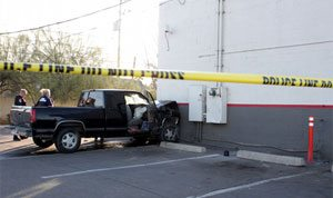 Two injured in Circle K crash in Chandler