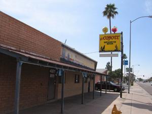 El Coyote Sports Bar