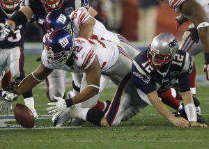 Giants upset Patriots in Super Bowl, 17-14