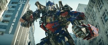 Special effects, pyrotechnic mayhem power 'Transformers'