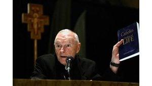 U.S. bishops approve new Mass translation