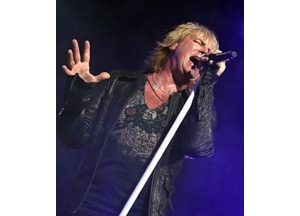 Def Leppard, Journey rock Cricket Pavilion