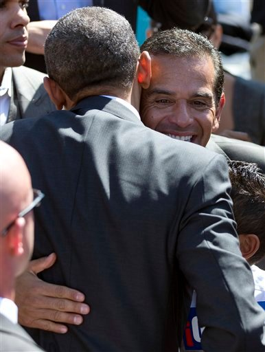 Barack Obama, Antonio Villaraigosa
