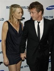 Sean Penn, wife withdraw divorce papers