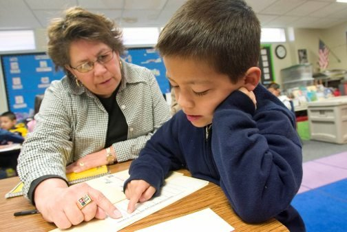 Arizona teachers lag in ethnic diversity 