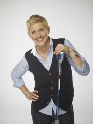 Fans delighted by DeGeneres' 'Idol' debut