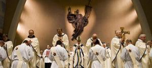 Phoenix Diocese ordains six priests