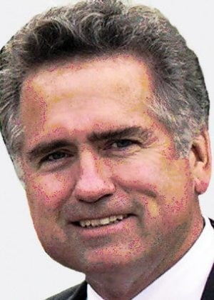 Judge mulls Huppenthal sign removal verdict