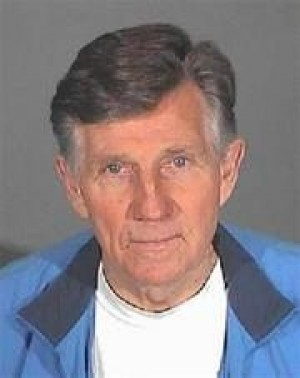 Gary Collins checks into Glendale jail