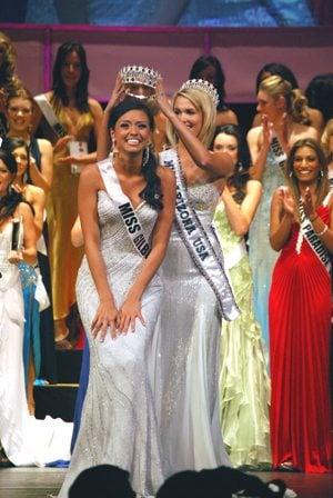 Gilbert teacher will compete for Miss USA