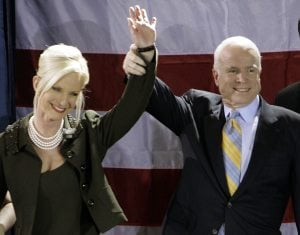 McCain beats Romney to win Fla. primary