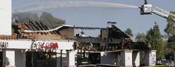 Mesa blaze destroys strip mall