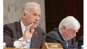 Senate panel votes against Bush on Iraq